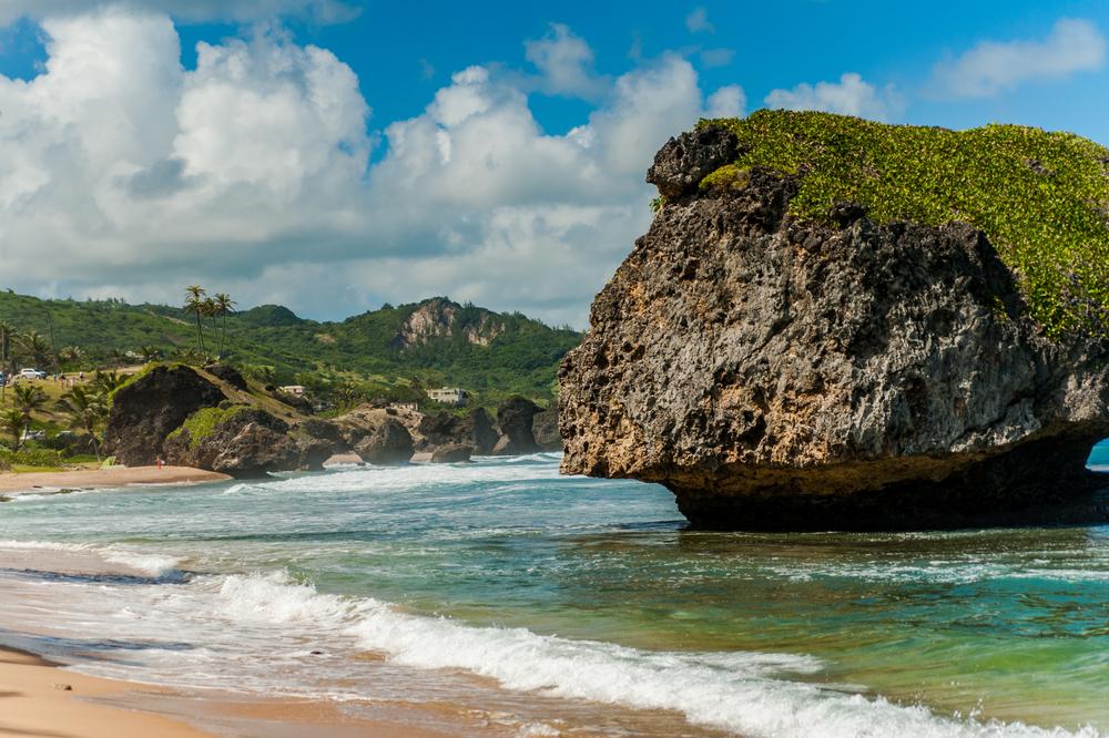 Barbados, wielka skała na Bathsheba Beach